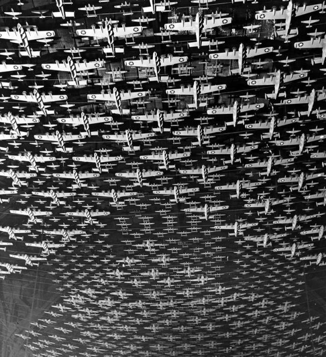 Milhares de avioes